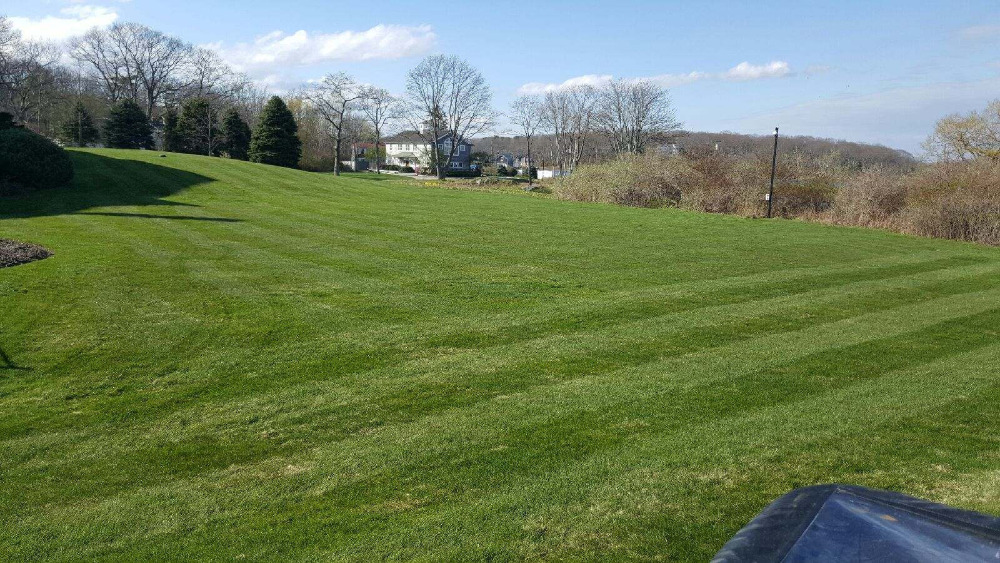 Lawn Care Kennebunkport Maine